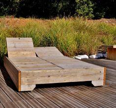 bain de soleil en bois de palettes recycl s rum. Black Bedroom Furniture Sets. Home Design Ideas
