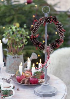 Näyttävä jouluasetelma kerää katseet – 12 ideaa | Meillä kotona