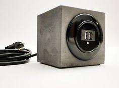 Handy-Zubehör - USB -LadeWürfelKlotz Beton - ein Designerstück von falkone bei DaWanda