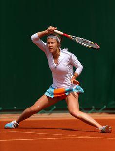 En ægte sportsudøver bruger selvfølgelig energiplastre. Anna Karolina Schmiedlova vinder over Wozniacki. Nogen tror at det er fup, men fakta er at plastrene virker! De øger præstation med op til 22%, giver større udholdenhed, får kroppen til at restituere hurtigere osv. #lifewave #øgerpræstation #wozniackiversusSchmiedlova #sport #tennis #energiplastre