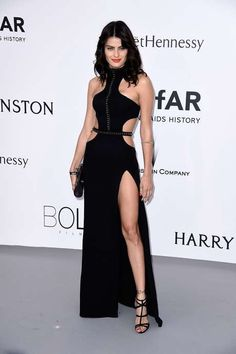 28 looks de famosas no festival de Cannes para se inspirar
