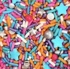 Jojo Siwa Birthday, My Son Birthday, Birthday Ideas, Cupcake Birthday, Flamingo Birthday, Brookies Cookies, Cupcake Toppings, Video Game Cakes, Color Sprinkle