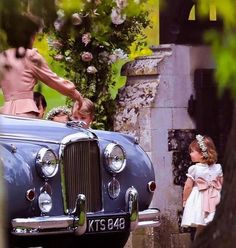 """5,864 Likes, 12 Comments - Kate Middleton (@katemiddletonphotos) on Instagram: """"Princess Charlotte watches as her mother organises the rest of the Pageboys and Bridesmaids at the…"""""""