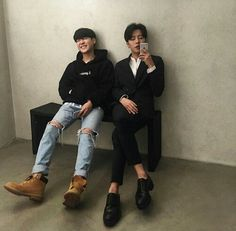 Image about fashion in Ulzzang BOY by your_nightmare 🌃 Boys Korean, Korean Couple, Asian Boys, Asian Men, Korean Ulzzang, Ulzzang Boy, Jung Kook, Korea Boy, Look Man