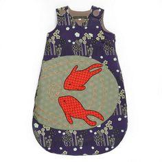 Novità! Bellissima marca francese #Georges Con questo originale sacco nanna imbottito decorato con dei  fiori e due carpe giapponese la tua bimba starà comoda e calda. Disponibile in 3 misure.