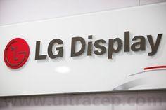 LG Display Dünyanın En İnce Kenar Çerçevesine Sahip Panelini Duyurdu  Son zamanlarda akıllı telefon üreticilerinin kullanıcılara büyük ekranlı akıllı telefon sunma yarışı beraberinde bir sorunu daha getirmişti. Bu sorun akıllı telefonlarda kullanılan ekran çerçevelerinin geniş olması ...