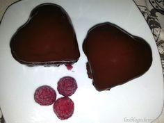 Corazón de chocolate relleno de frambuesas