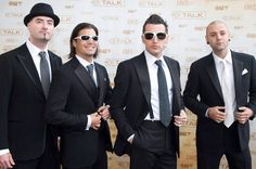 Hedley with Style! Man Alive, My Eyes, Mens Sunglasses, Stars, Music, Bands, Awesome, Fashion, Musica