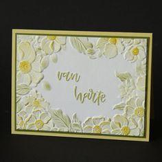 Geëmboste kaart met bloemen frame. Frame, Cards, Blog, Home Decor, Room Decor, Frames, A Frame, Blogging, Home Interior Design