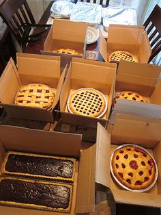 tips on baking your own pies for your wedding! Awesome article* and I love the idea of pies for a wedding!