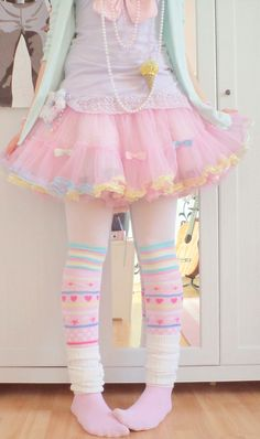 fairy kei pastels <3 Would love to experiment with socks but would tone down the rest of the outfit. Wouldn´t have thought of teaming a mint cardi with purple :)