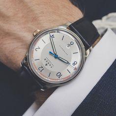 Farer Automatic Watch - Endurance – Silver Sunray Dial + Date - ETA 2824-2 - 39.5mm Case – Farer USD