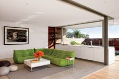 Modern Family Room by Sarah McElroy and Steven Ehrlich in Laguna Beach, CA