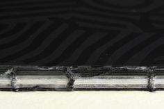Questa è una particolare tecnica di rilegatura con filo a vista studiata con il cliente  Seguiteci su http://www.bandecchievivaldi.com #Arte #Typography #Cataloghi #Graphic Design #Photography #Fotografia #PhotoBook