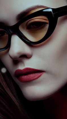 Eva Jova Tom Ford (I lust after Tom Ford glasses permanently) Fashion Eye Glasses, Cat Eye Glasses, Tom Ford Glasses, Cool Glasses, Glasses Frames, Mode Bcbg, Lunette Style, Valentines Day Makeup, Eye Frames