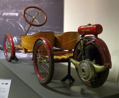 Briggs & Stratton Flyer 1920 hl Vintage Bikes, Vintage Motorcycles, Cars Motorcycles, Vintage Sports Cars, Vintage Cars, Antique Cars, Classic Motors, Classic Cars, Soap Box Cars