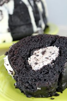 Oreo Cream Filled Bundt Cake Recipe