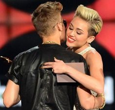 Video: 'Buy A House And Make It A Nightclub,' Miley Cyrus Advises Justin Bieber