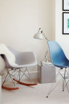 """Minimalism is all about saying """"less is more"""" in a relatively empty room and is a design trend that spans all art forms, from interior decoration to music. #minimilism #lessismore #interiordecoration #eamesstylechairs #replicafurniture #minimalistinteriordesign #lakelandfurniture"""