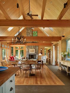 Cape Cod contemporary Living Room by David Vandervort Architects