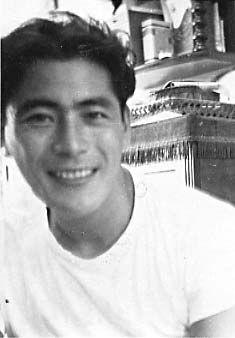 Toshiro Mifune on the go.jpg 235×338 Pixel