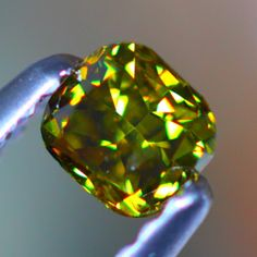 Close-up of a 0.32 ct olive green diamond (come to mama)
