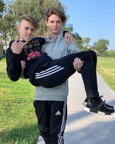 men and twinks few boys Cute 13 Year Old Boys, Young Cute Boys, Cute Teenage Boys, Teen Boys, Beautiful Boys, Pretty Boys, Cute White Boys, My Future Boyfriend, Cute Gay Couples