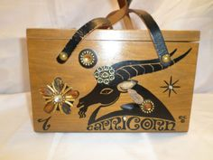 Vintage ENID COLLINS OF TEXAS HANDBAGS JEWEL Capricorn #EnidCollins #BoxBag #CapricornPrint
