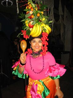 Fruite Hat To annoy the people behind us? Rio CarnivalCarnival PartiesCarmen MirandaHeadpieceCostume IdeasHalloween Costumes FruitTapeHeaddress  sc 1 st  Pinterest & Traditional Brazilian Clothing That is Supremely Graceful ...