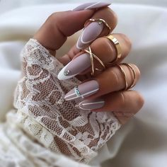 What is the most popular type of nail art? You can find the answer here: Acrylic Nails. This type of nail art, which has been popular from the summer solstice to the winter season, is really amazing. Summer Acrylic Nails, Cute Acrylic Nails, Gel Nails, Manicure, Nail Polish, Glitter Nails, Coffin Nails, Summer Nails, Pastel Pink Nails