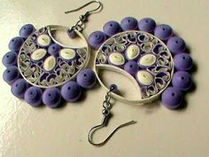 Quilled earrings - I like the way the circles sit on the outside Paper Quilling Earrings, Quilling Paper Craft, Quilling Craft, Quilling Patterns, Quilling Designs, Quilling Studs, Paper Jewelry, Paper Beads, Jewelry Crafts