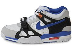 Nike Air Trainer 3 Auburn Blanc, http://www.amazon.fr/dp/B00K5CU2PG/ref=cm_sw_r_pi_awdl_AR6exbDZC9HT4