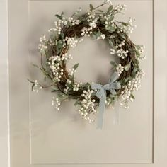 34 Popular Spring Wreath Design For Front Door Decor - Flowers come in exotic colors and fragrances and leave their impression through all seasons. They stand tall as anniversary gifts, proposal accessorie. Diy Spring Wreath, Spring Door Wreaths, Easter Wreaths, Diy Wreath, Holiday Wreaths, White Christmas Wreaths, Wedding Door Wreaths, Christmas Flower Decorations, Double Door Wreaths