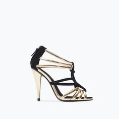 ZARA - SHOES & BAGS - STRAPPY SANDALS - SIZE 5!!