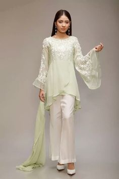 size large and x l stuff shiffon beautiful thread embroidery white trauser with black piping on side maria b brand only serious buyers msg me Simple Pakistani Dresses, Pakistani Fashion Casual, Pakistani Dress Design, Pakistani Outfits, Indian Fashion, Indian Dresses, Stylish Dress Designs, Stylish Dresses, Casual Dresses