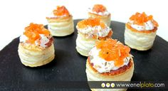 Volovanes de salmón con philadelphia Vol Au Vent, Canapes, Snack, Catering, Buffet, Cheesecake, Appetizers, Eat, Cooking