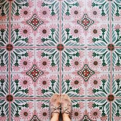 Peachy pink tiles perfect for adding a pop of colour into a Kitchen. Peachy pink tiles perfect for a Tile Patterns, Textures Patterns, Color Patterns, Print Patterns, Color Schemes, Boho Pattern, Green Pattern, Pink Tiles, Mosaics