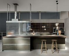 Design Cucine Moderne. Perfect The Glass Shelves Within The Cabinet ...