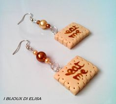 Biscuit earrings! #earrings #orecchini #handmadejewels #ilovehandmade #ibijouxdielisa #fattoamano #bijoux #gioielli #jewerly #jewels #bigiotteria #fimo #biscotti #biscuit #food #cibo #orecchinifattiamano