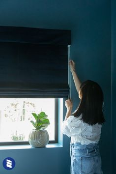 After renting in LA for 10 years Joy Cho, of Oh Joy, began building her dream home on a hillside. Hear more about her design process and top window covering picks for the natural light filled home. #romanshades #blackoutblinds #blackoutshades #blackoutcurtains #bedroom #bedroomblinds