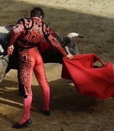 matador bulge: 14 thousand results found on Yandex. Demna Gvasalia Vetements, Matador Costume, Flamenco Dancers, Ballet Dancers, Photo Reference, Skin Tight, Pink Brown, Sexy, Skinny Jeans