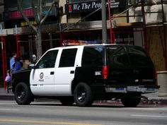 Chevrolet Tahoe, Chevy, Fbi Car, Tactical Medic, Military Vehicles, Police Vehicles, Old Police Cars, Los Angeles Police Department, Emergency Vehicles