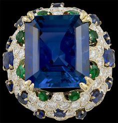 VAN CLEEF & ARPELS Sapphire, Emerald and Diamond Ring