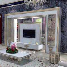 love the design Living Room Wall Units, Living Room Designs, Living Room Decor, Tv Wall Design, Ceiling Design, Interior Exterior, Luxury Interior, House Furniture Design, House Design