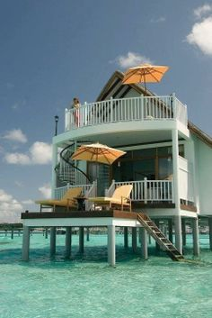 Amazing Things in the World  Amazing beach bungalow, Maldives!!