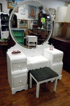 Vintage Art Deco White Waterfall Vanity Set @flea_pop