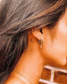 Cute Tiny Tattoos, Dainty Tattoos, Small Girl Tattoos, Tattoo Girls, Tattoos For Women, Small Moon Tattoos, Cute Tats, Small Hand Tattoos, Small Tattoos With Meaning