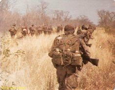 Defence Force, Military Gear, Special Forces, Warfare, Middle East, Wwii, Art Reference, South Africa, Weapons