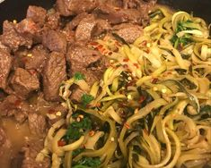 INGREDIENTS 1 1/2 lb (650g) flank steak, sliced against the grain 4 medium zucchini 2 tablespoons olive oil 4 garlic cloves, minced 2 tablespoons butter or ghee 1 lemon, juice and zest 1/4 cup (60ml) low-sodium chicken broth 1/4 cup chopped parsley 1/4  teaspoon crushed red pepper flakes Salt and fresh cracked pepper, to taste The […]