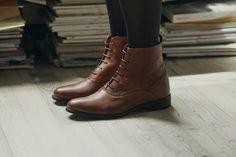 23bc65bf2008 KOST Paris - Nouvelle collection Automne Hiver 2014. www.kostparis.com   lookbook  kost  shoes  chaussure  womens  style  leather  jolie